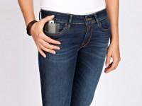 Replay en Levi's introduceren opvallende jeanslijnen